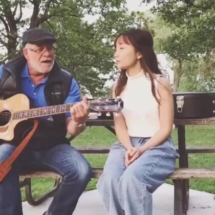 公园里偶遇一位先生,以前是地理学家。人一辈子有个自己得爱好真的挺美好的,无关年龄。