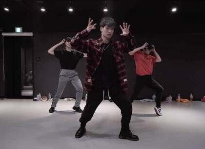 #舞蹈##1milliondancestudio# Shawn编舞 Girl 更多精彩视频请关注微信公众号:1MILLIONofficial