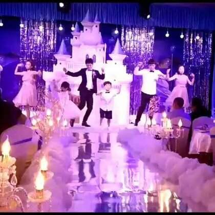 婚礼😍😍浪漫的舞蹈😘😘💏💏💑💑