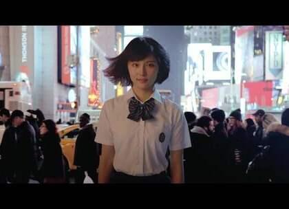 看了魅蓝 Note6 的视频,感觉我恋爱了❤0.03秒疾速对焦,还有这对称的设计、低调又特别的配色、强大的性能,完全就是我想要的样子啊