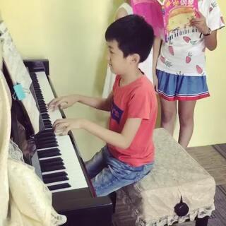 #小小钢琴家#茗妍艺校 钢琴:扈艺伦 演唱:杨婧怡 陈泓宇 临时组合玩嗨了