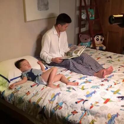 #宝宝#拍个小广告不容易,足足拍了13个小时,瓜瓜累趴了