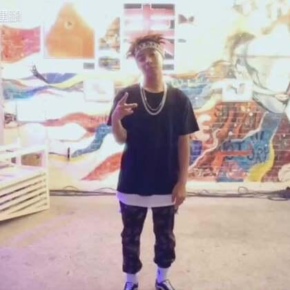演出前来段Freestyle🕶#美拍有嘻哈##街舞hiphop##bboy#