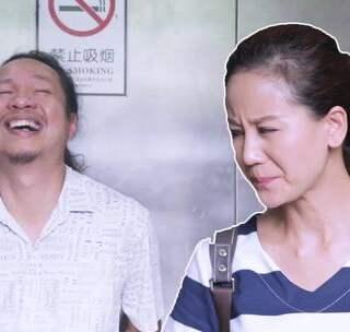 在电梯里千万别做这种事,太变态了!那么问题来了,这个变态到底是谁,或者说,谁最变态?#搞笑##热门##电梯变态#