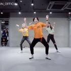 #舞蹈##1milliondancestudio# Hyojin Choi编舞Pie 更多精彩视频请关注微信公众号:1MILLIONofficial
