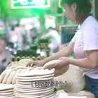 西安夫妻卖锅盔馍,4元1个火爆34年,顾客排队排到打架#二更视频##美食##我要上热门#