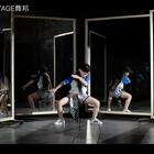 SINOSTAGE舞邦 |Choreography By RMB Jow@JOW-VINCENT 💃Dancer - Amy@Sinostage舞邦-Amy 🎵音乐 - 不用去猜 (Jony J) 🎬摄影/剪辑 Filmed/Edited - Tiger@ChenYihooo✨ /Momo@Momo馍馍📷 #美拍有嘻哈##舞蹈##热门#