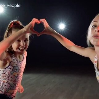 LULAS - Reese Hatala x Sarah Lil Mini Phoenix _ Willdabeast Adams x Tim Milgram #舞蹈#