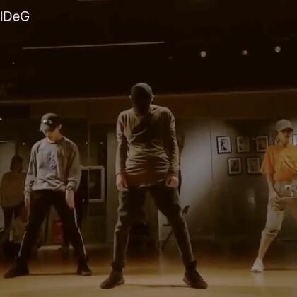 #舞蹈# 来自于#Jake Kodish#的作品.#what you need##我要上热门#