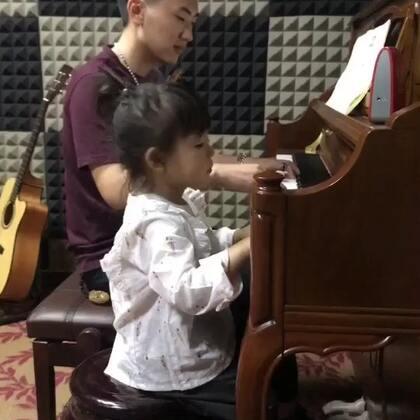 捣乱的很认真#宝宝##音乐#@美拍小助手
