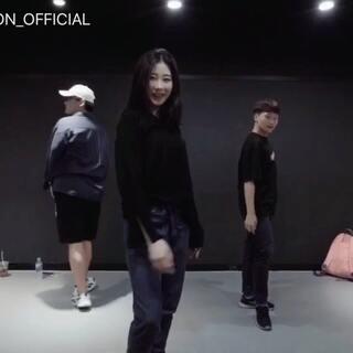 #舞蹈##1milliondancestudio##1M基础# Tina Boo编舞There For You 更多精彩视频请关注微信公众号:1MILLIONofficial