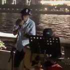 心愿达成,来广州三年,终于在广州街头唱了一下歌。☺☺☺