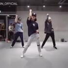 #舞蹈##1milliondancestudio# May J Lee编舞Drops 更多精彩视频请关注微信公众号:1MILLIONofficial