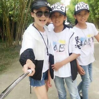 【💧陈奕潭💧美拍U乐国际娱乐】#奔跑吧妈妈#双胞胎宝妈求关注