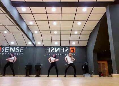 #LIPB - ON TOP l# 觉得好看,可以转发下载#舞蹈##敏雅韩舞专攻班# 公众号:MinyaCola