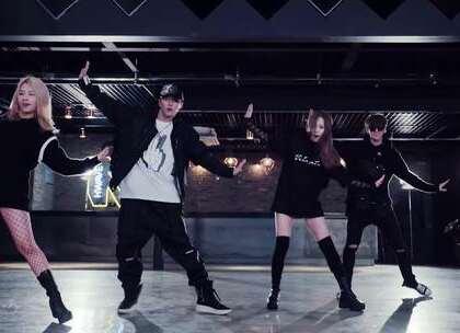 #K.A.R.D - Oh NaNa# 这个舞蹈也是百看不厌😊😊#舞蹈##敏雅韩舞专攻班# 公众号:MinyaCola