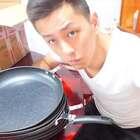用十个神器平底锅煎蛋!最后煎出来的蛋真的好难吃#作死##搞笑##我要上热门@美拍小助手#