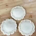 升级版鸡蛋灌饼,简单易学。这个带花边的是用压面机压得整张面片,然后用模具压出圆片。家庭用擀面杖就可以。👉点击链接重温经典http://www.meipai.com/media/780965317 😄😄 感谢所有支持的朋友。#美食##面食#