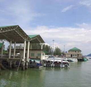 泰国这个小岛船票好贵啊, 难怪去的中国人这么少!#我要上热门##旅游##泰国#