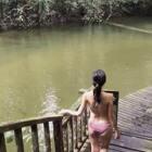 在热带雨林的河里游泳:会不会有水蛭?会不会有鳄鱼、食人鱼?其实在安全区游泳,没有大家想的那么可怕哦!#一起去旅行##马来西亚##我要上热门@美拍小助手#