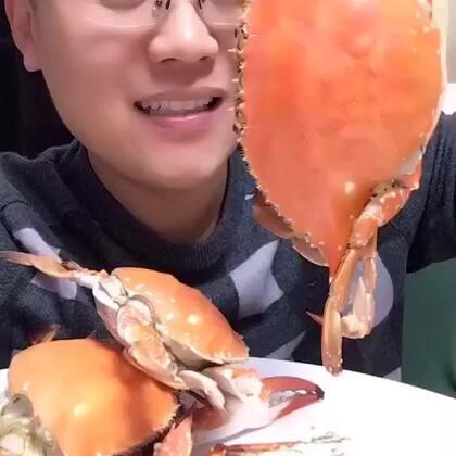 #吃秀##我要上热门##我要粉丝,我要上热门#超级大母蟹刚刚发到姐姐美拍里了,现在又来了