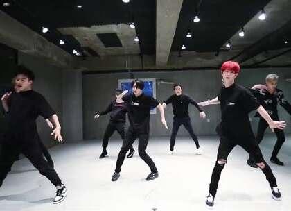 #GOT7 - Teenager# 练习室,快学哦。#舞蹈##敏雅韩舞专攻班# 公众号:MinyaCola