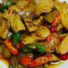 一碗香喷喷的小丁回锅肉,非常不错的下酒菜哦,挺简单的作法,小伙伴们,一招就教你们学会哦😜#自制美食##家庭自制美食##深夜美食诱惑#