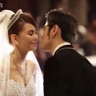 #周杰伦#和#昆凌#的婚礼MV 王子和公主的浪漫故事 现在看来依然很唯美呀❤