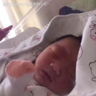 #宝宝#出生第三天,如果一直那么乖就好了