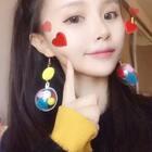 #emoji萌拍##女神#和今天的衣服太搭@美图秀秀 @高颜值频道官方号 @美拍小助手