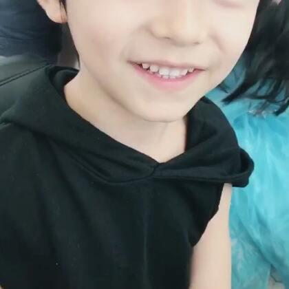 【韩韩baby虐狗小剧场】第三季,第六集。韩总出现了画面瞬间就活跃起来了呢,为啥听到乔乔就要躲起来呢?😂#韩韩baby##摄影师池涔#
