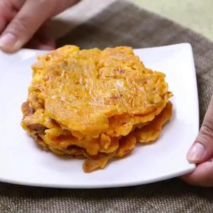 单身狗必学!5分钟教你做鱿鱼泡菜饼还能配一碗米酒哦!#美食##地方美食##辣白菜#