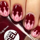 #美妆时尚##时尚美甲#超适合秋冬的的粉色皇冠美甲,你们喜欢吗?😉😉#皇冠美甲#