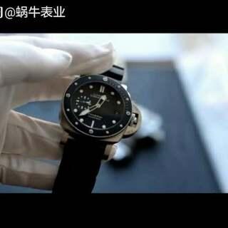 XF新品~PAM684A 专为亚洲手腕推出的小直径沛纳海,42mm 316L精钢拉丝壳套,蓝宝石镜面,陶质圈口 9位小秒蓝色设计,至醒目
