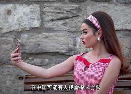 【阿塞拜疆的少女】少女塔附近,扎推了形形色色阿塞拜疆的混血美女,她们并没有传说的害羞不与男人讲话,相反,热情活泼的她们还教了雷探长舞蹈。受人追捧的阿塞拜疆网红美女是怎样的呢,随探长的镜头来看看吧。#我要上热门##旅游##探险#