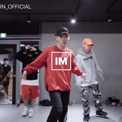 #舞蹈##1milliondancestudio# Koosung Jung编舞6Cypher 更多精彩视频请关注微信公众号:1MILLIONofficial