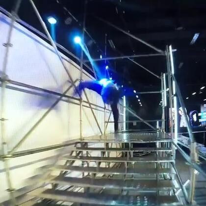 #跑酷##运动##匡威#之前演出彩排的视频。