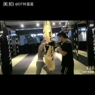 #运动##拳击#@美拍小助手 累到虚脱....