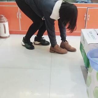 #宠物穿鞋大挑战#
