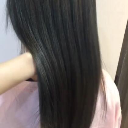 #我的美拍blingbling#燙直吹乾就這麼美!台灣總監~女生髮型師也是好棒棒#发型师##烫发##直发#@美拍小助手 @美拍小幫手