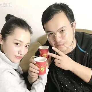 大魔王开箱日本整蛊茶,听说还有苦虫茶?真的可以喝嘛?好可怕的样子😱😱😱这期视频有惊喜,小伙伴们快去找找看吖😝😝#我要上热门##吃秀##开箱#(多点赞、多转发、多评论哦~蟹蟹😜)