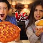 #热门#薯片VS真正食物!今天破例让孩子们吃了好多薯片,你们喜欢什么口味的薯片呢?(更多精彩视频请关注微信公众号:逗比一家)#搞笑##双十一#