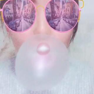 #一起来吹大大泡泡糖##吹泡泡糖#