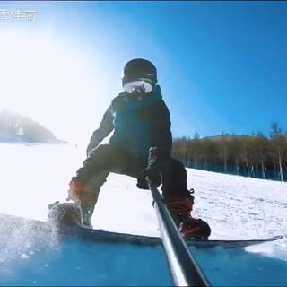 今年第一次滑雪,献上我的第一视角#滑雪##单板滑雪#