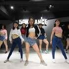 嗨起来!😏【Run The Show】J.Jin choreo.#舞蹈##50k#野性的小姐姐,亮出小猫爪子啦!转起来!❤️@美拍小助手 @长沙五十刻舞蹈工作室