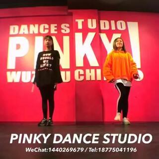 #want you to say##playback##舞蹈#一个挺适合kpop零基础班的舞~🙊同学们还要继续加油啊~随便记录一下🤦🏻♀️这舞没人翻跳吗?我觉得挺好看的啊~@敏雅可乐