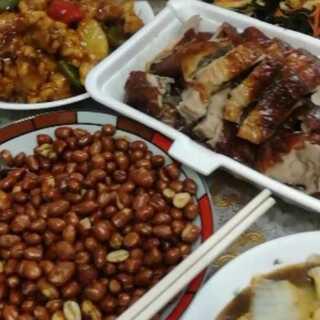 #美食##家庭聚会#忘了拍清蒸鱼了。一会上咕咾肉做法