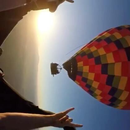 猫叔和老外jumper jump在美帝跳过热气球,特别奇妙的感受,跳不够。