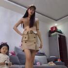 #王嘉尔喵舞#@若璞宝宝 带着宝贝跳舞,他想抢我镜头,可是她不会跳,哈哈哈