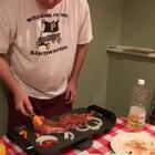 🇨🇳🇺🇸我的二婚美好生活🇺🇸🇨🇳嘿嘿!👀铁板烧😻😻💃💃美好生活也许就是买个20块的铁板烧烤肉👻👪又被我种草了吗😹压面机、烤箱、扫地机、小红包......😂今天铁板烧😸#美食##宠物##我要上热门#感恩节要来啦👻👻
